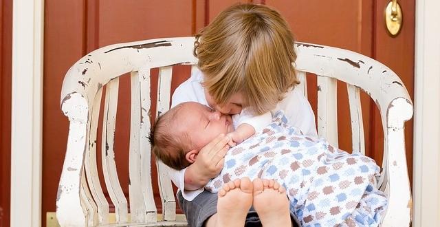 איך נעזור לילד להרגיש מיוחד גם אחרי שנולד לו אח
