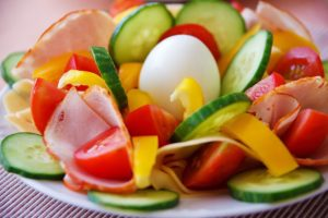 אודיל רוזנפלד, הנחיית הורים במאמר על ארוחות עם הילדים