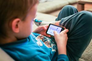 אודיל רוזנפלד | איך נלמד ילדים לנהל תקשורת טובה בעידן הוואטס אפ