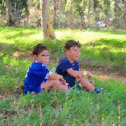 איך לעזור לילד שמתקשה לארח חברים
